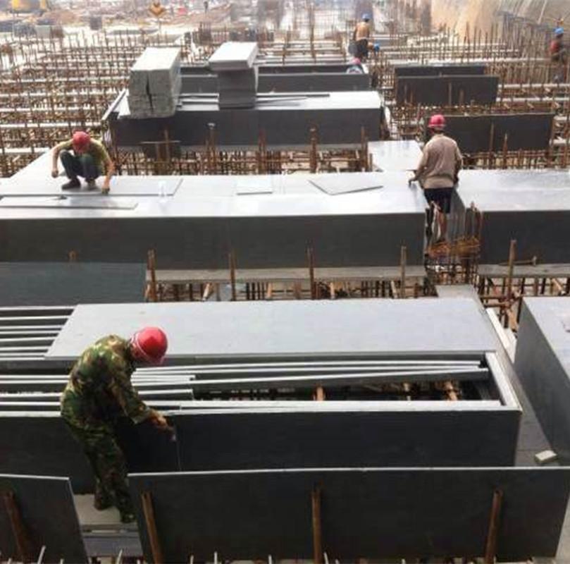 建筑模板在原材料、涂胶、热压和修剪等环节中生产工艺流程是怎样的?